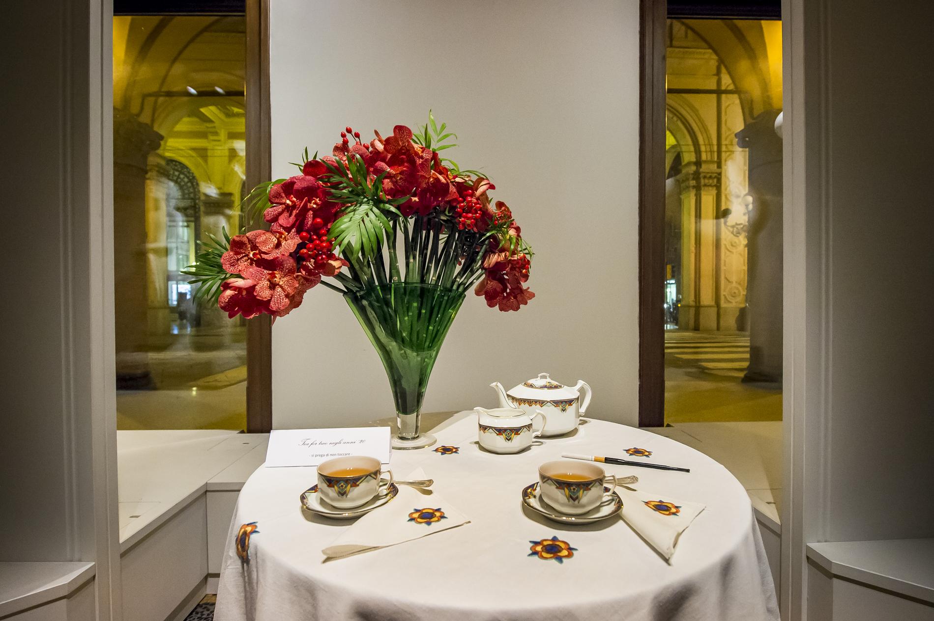 Tea for two negli anni '20 - Fiori in tavola attraverso i secoli, 2014